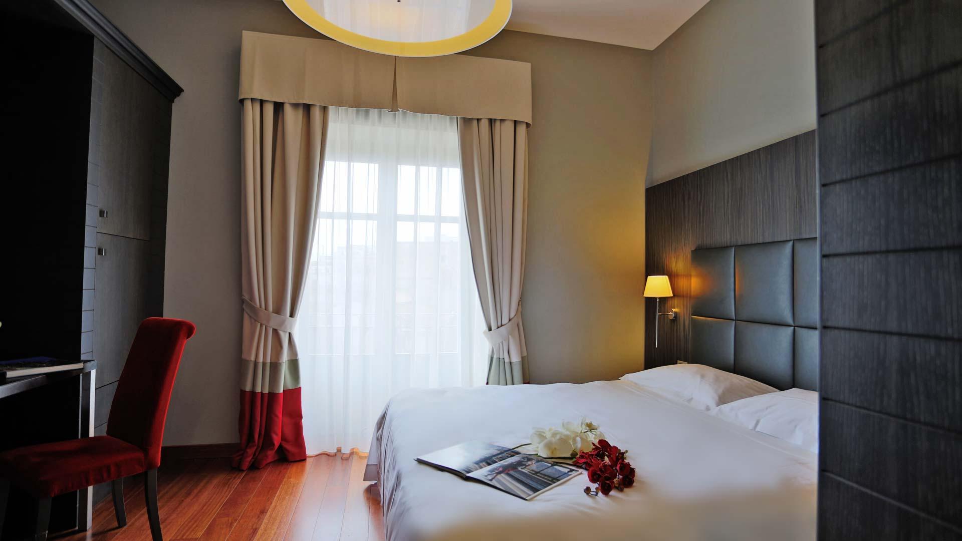 Camere hotel porta felice hotel 4 stelle palermo centro for Design hotel palermo